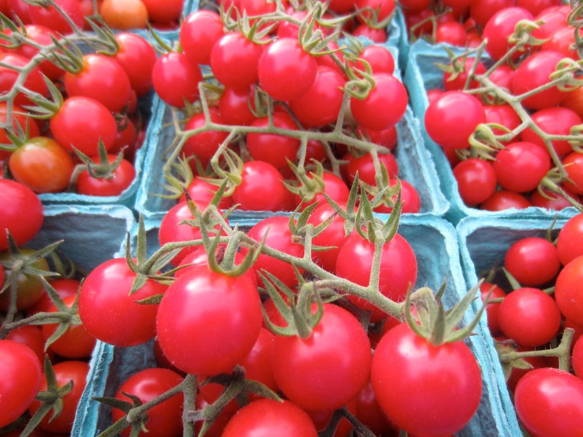 cherry tomato trusses